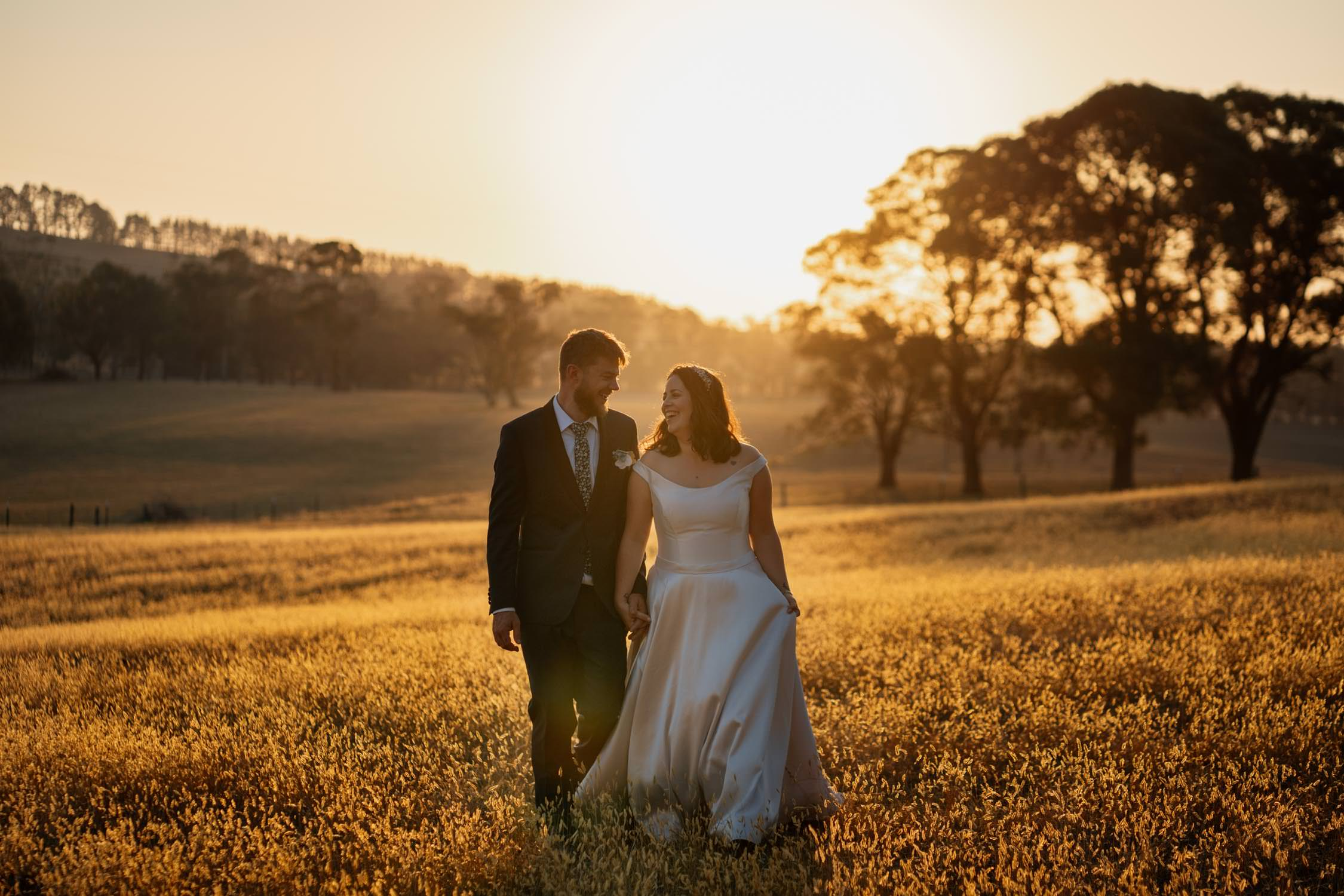 Country Wedding Bride and Groom in sunset