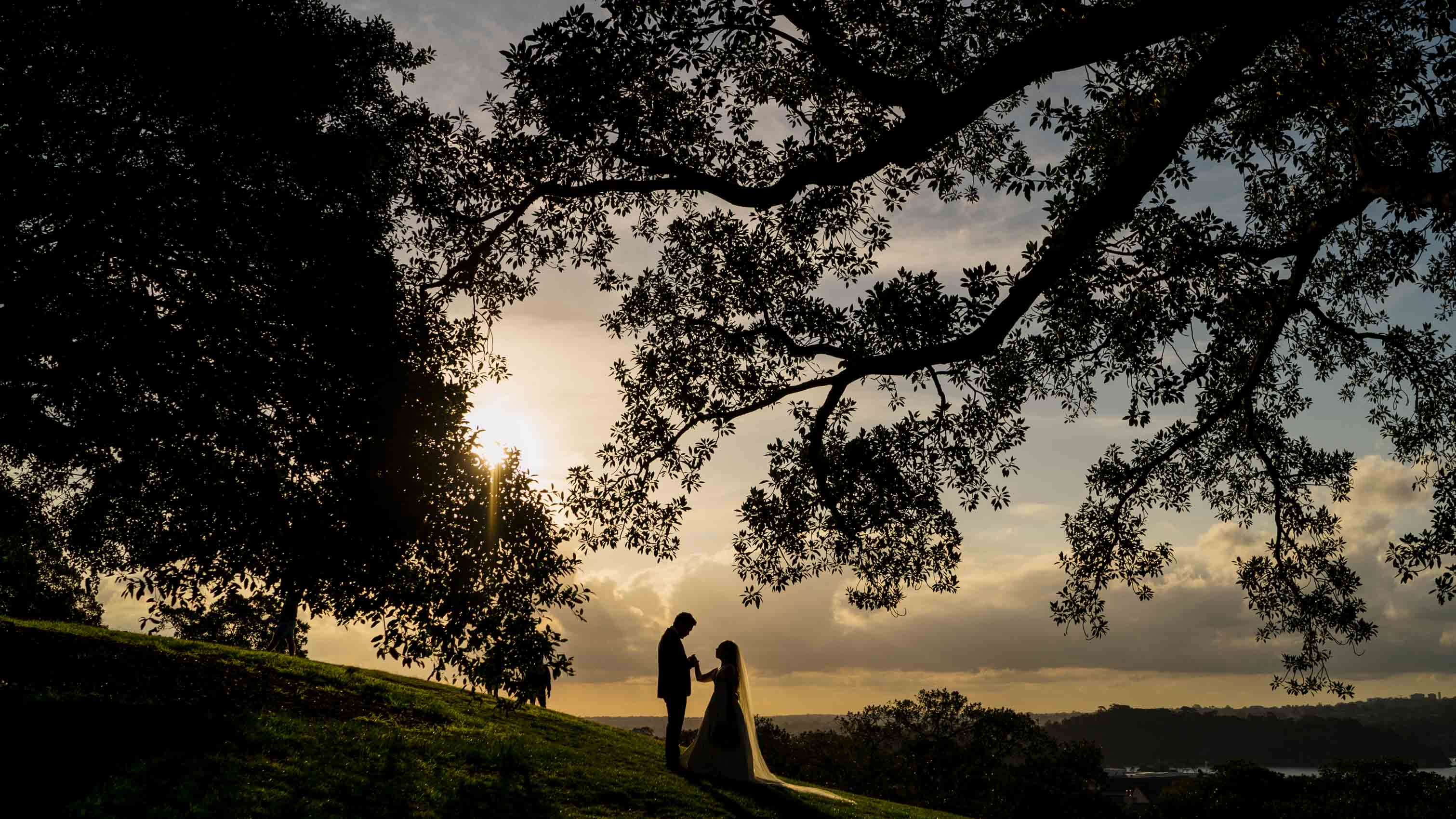 Sam Wyper Photography Pier One Wedding Silhouette