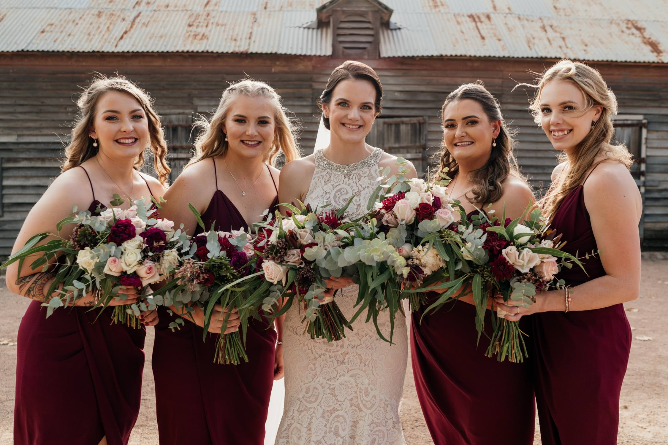Choosing a wedding florist bridesmaids with bouquets